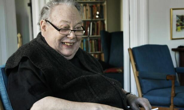 - EN HØVDING: Arve Solstad var en anerkjent journalist, og ble blant annet tildelt Fritt Ords honnørpris i 2000. Foto: Steinar Buholm / Dagbladet