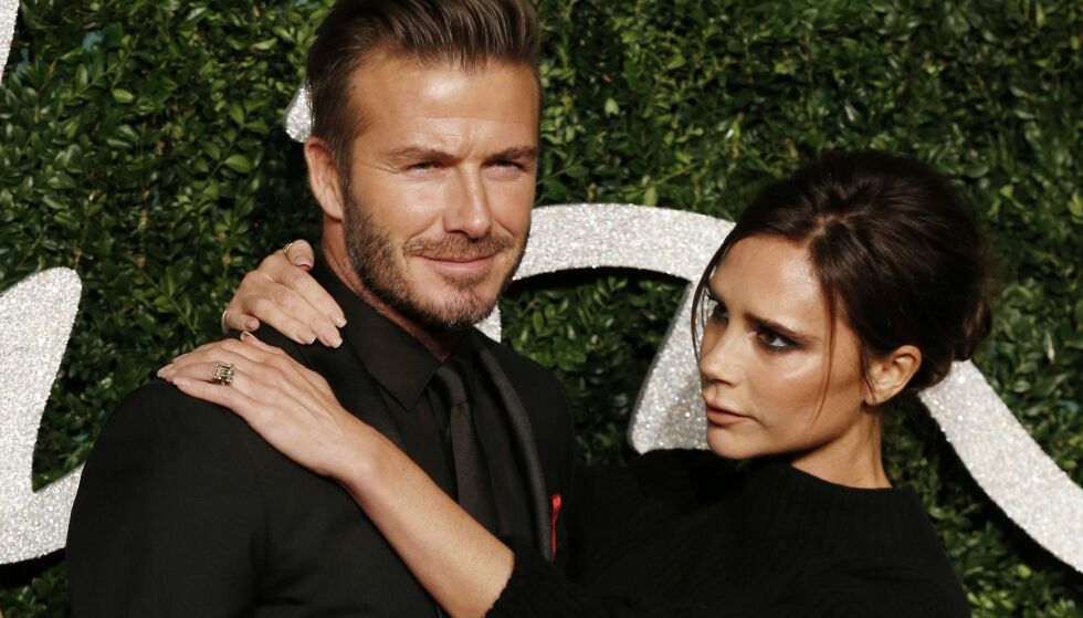 ÅPENHJERTIG: David og Victoria Beckham møttes i 1997, og har snart vært gift i 20 år. Nå gir førstnevnte et lite glimt inn i deres hverdag som ektepar. Foto: NTB Scanpix