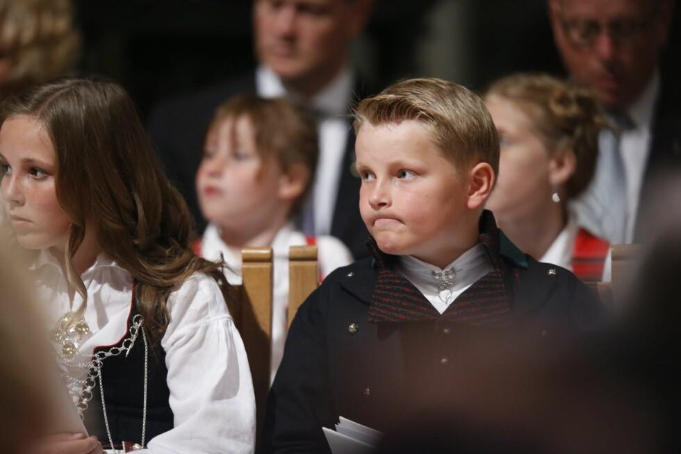 KJEDET SEG?: Tilsynelatende ble gudtjenesten i lengste laget for prins Sverre Magnus.  Foto: NTB scanpix