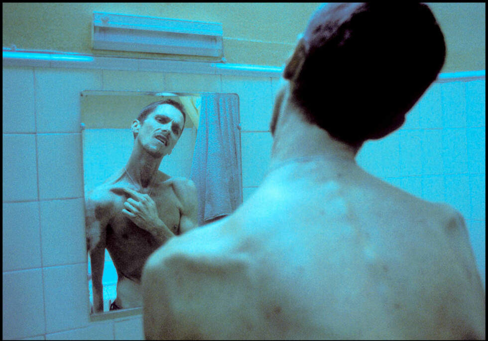30 KILO: Til rollefiguren i filmen «The Machinist» gikk Christian Bale ned svimlende 30 kilo. Han har tidligere fortalt at hans matdaglige inntak besto av bare 275 kalorier. Foto: Stella Pictures