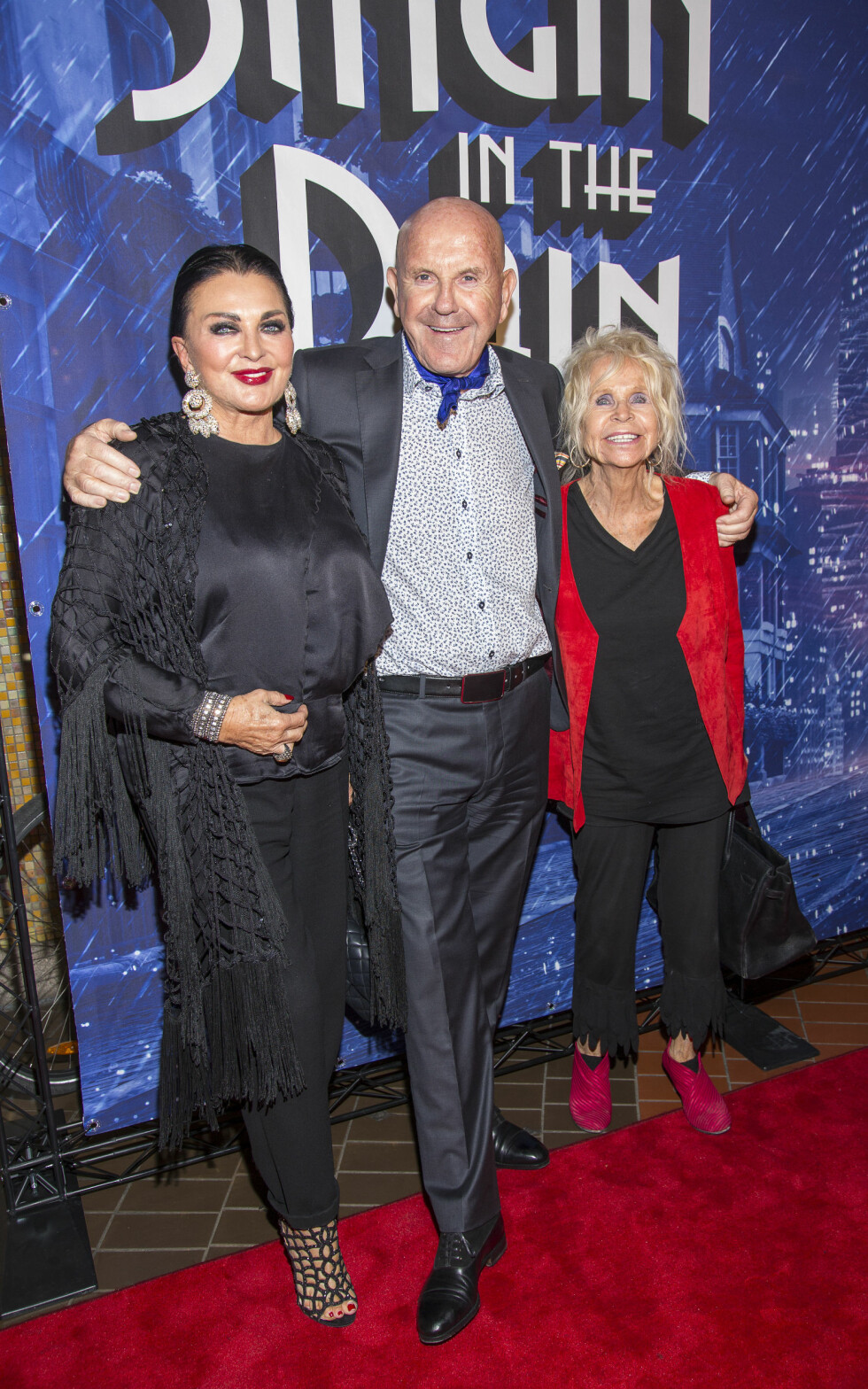 Tor Arne Ranghus med Lilli Bendriss og Edna Fallaoe Foto: Tor Lindseth