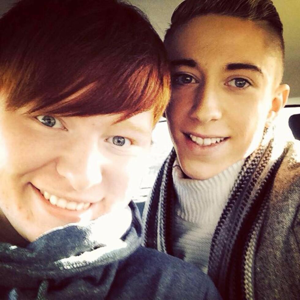 UNGDOM: FØR: Slik så Chloe og Jamie ut i tenårene mens de fremdeles var gutter. Foto: Caters News Agency