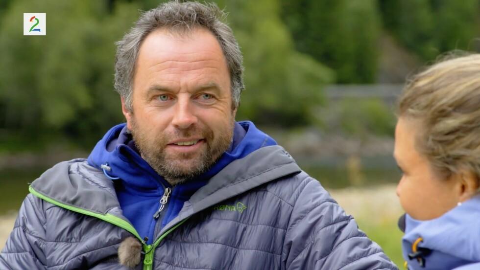 BESTEMTE SEG: Axel Tobias Sanderud sier at han hadde tenkt hele dagen på å ha valget om å sende hjem to friere.  Foto: TV 2