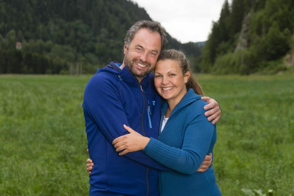 FANT TONEN MED EN GANG: Axel Tobias Sanderud og Gro Langnes fikk en god tone allerede under deres første møte.  Foto: TV 2
