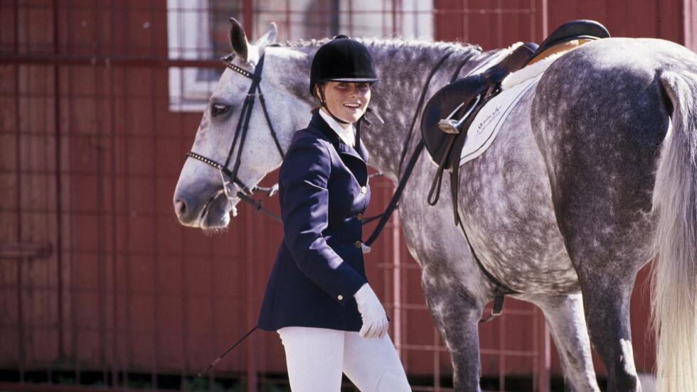 PRINSESSEN: Prinsesse Märtha Louise har en lang karriere bak seg på hestryggen. Lørdag gjør hun comeback.  mai 1989    Fotoutstilling Foto: Se og Hør