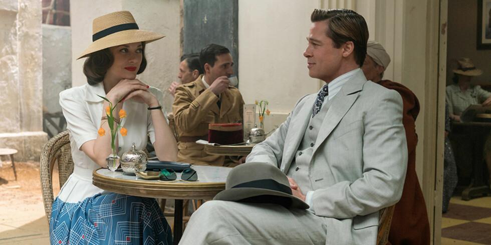 GOD TONE: Marion Cotillard og Brad Pitt spiller mot hverandre i filmen «Allied». Nylig oppstod det rykter om at det oppstod hete følelser mellom dem på settet.