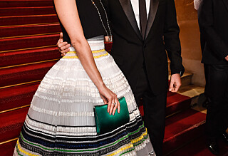 Raser mot ryktene rundt kona og Brad Pitt