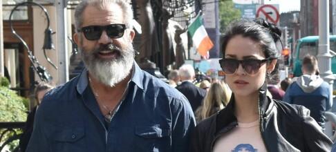 Mel Gibson (60) viste frem sin gravide kjæreste (26)