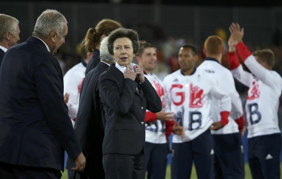 <strong>ENGASJERT PRINSESSE:</strong> Prinsesse Anne er en engasjert prinsesse, men nå må hun ta det rolig dagene fremover. Her under OL i Rio i 2016.  Foto: Reuters
