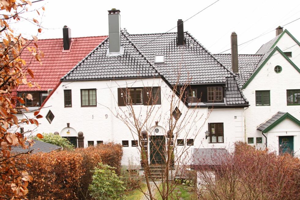 NYTT HJEM: Komiker Marit Voldsæter og ektemann Ivar Gjerde har kjøpt denne boligen i Idrettsveien 3 i Bergen for 8,7 millioner kroner. Foto: Se og Hør