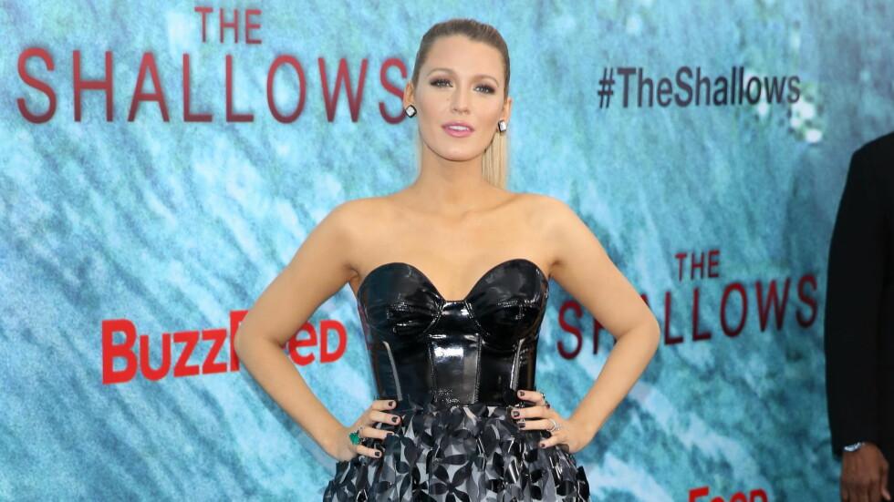 PÅ PREMIERE: Blake Lively på verdenspremieren til filmen «The Shallows» den 21. Juni i New York. Lively har en av hovedrollene i filmen.  Foto: Andres Otero/wenn.com