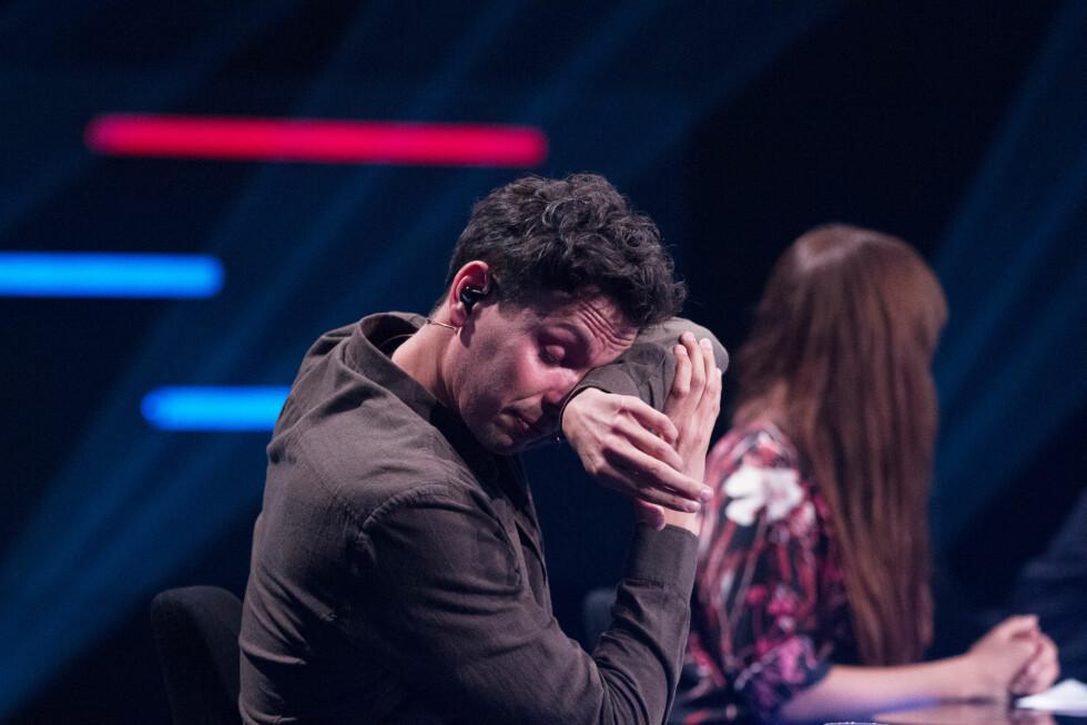 LETTRØRT: Cato Sundberg klarte ikke å holde tårene tilbake under Mats sin opptreden.  Foto: TV 2