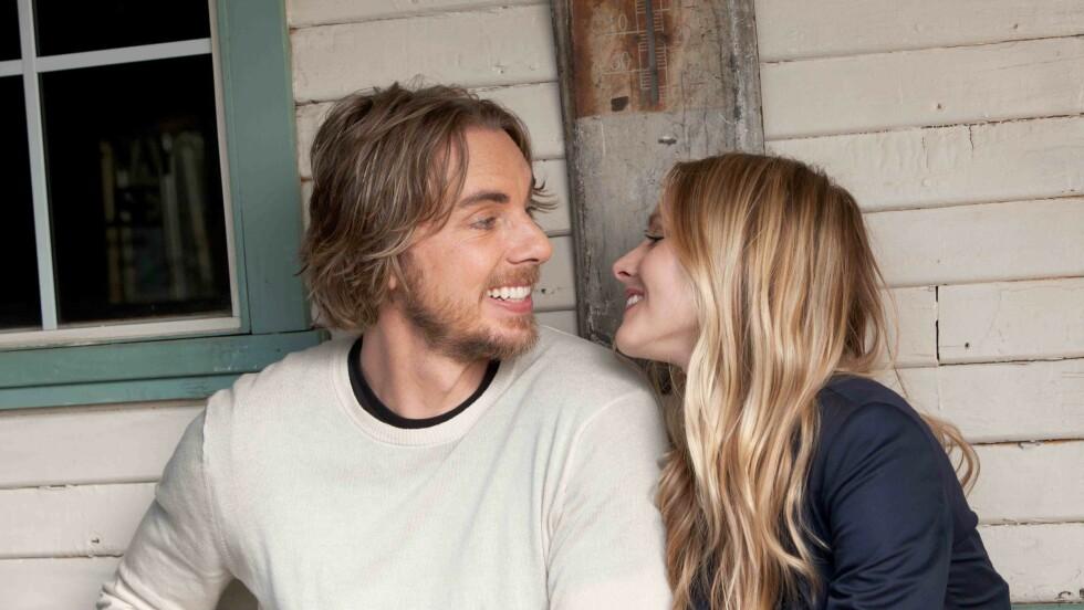 <strong>PÅ LERRETET:</strong> I 2012 spilte Dax Shepard og Kristen Bell kjærester i actionkomedien Hit and Run.  Foto: NTB Scanpix