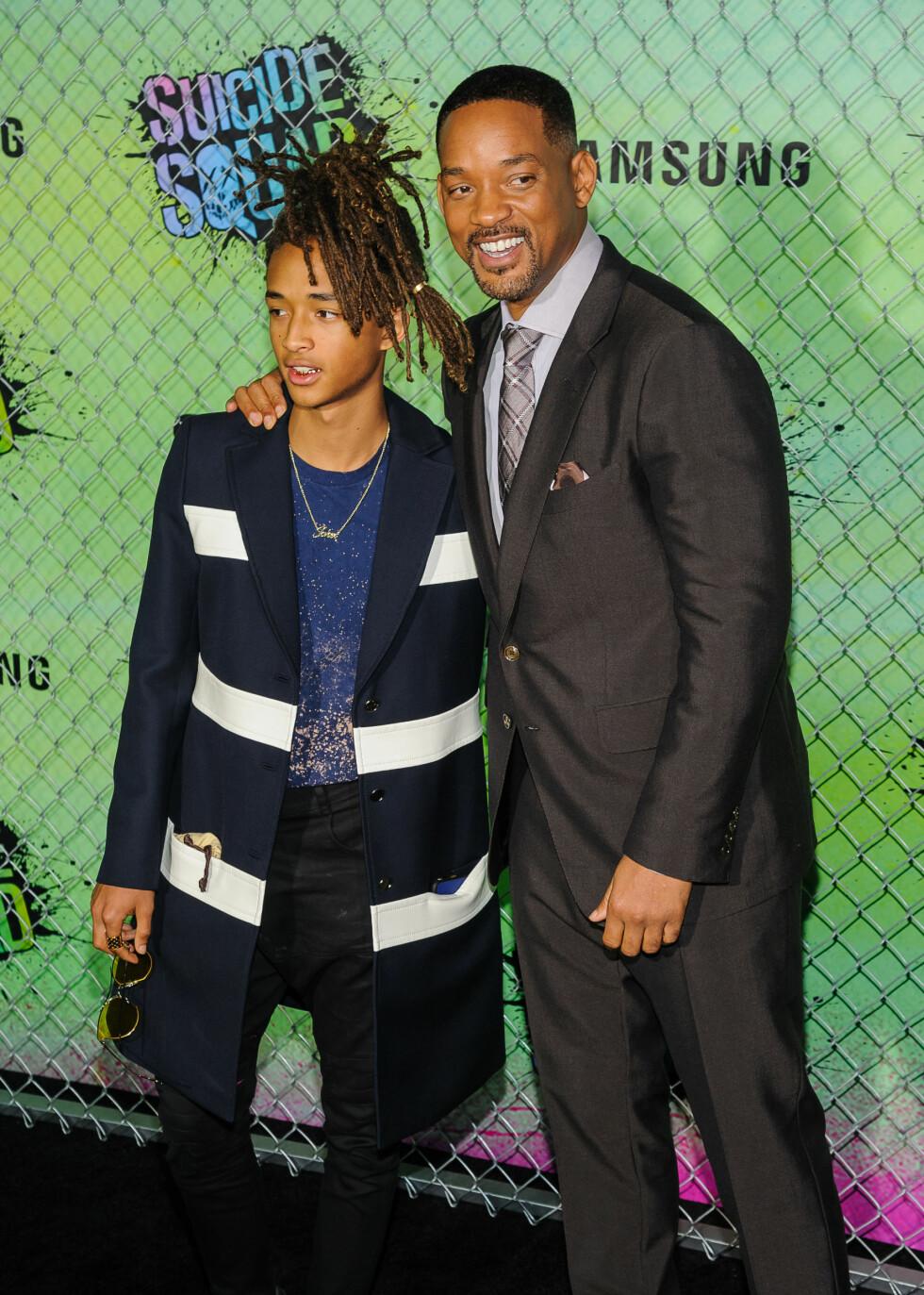 <strong>LIKE:</strong> Will Smith og sønnen Jaden er unektelig like, til tross for deres svært forskjellige klesstil.  Foto: SipaUSA
