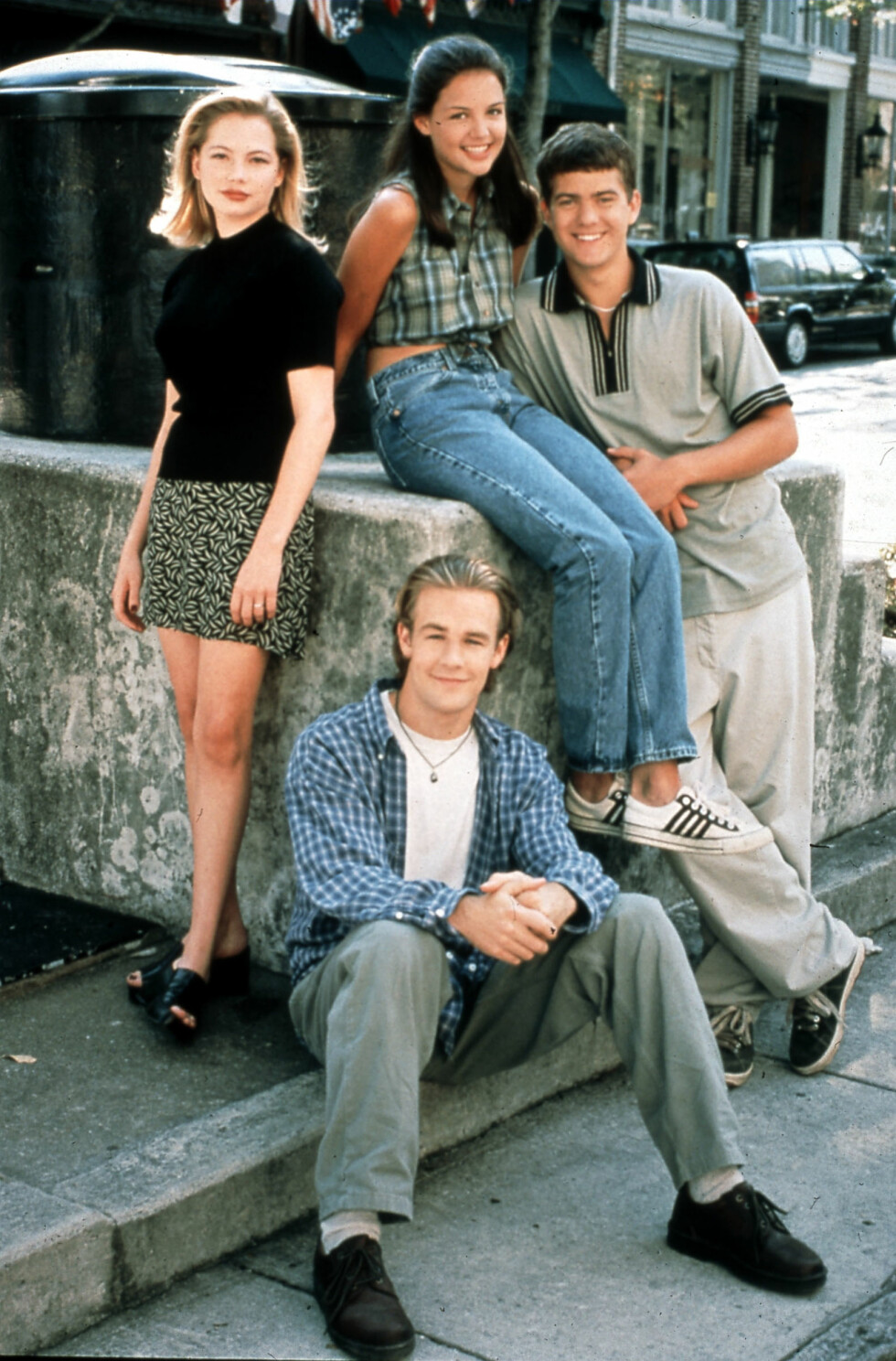 POPULÆR GJENG: Fra 1998 til 2003 spilte Joshua sammen med Katie Holmes, James Van Der Beek og Michelle Williams i ungdomsserien «Dawson's Creek». TV-serien har også gått i reprise i Norge en rekke ganger. Foto: Mary Evans Picture