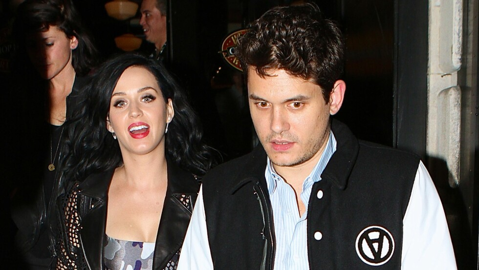- FORTSATT FORELSKET: John Mayer og Katy Perry datet hverandre i flere år, før hun fant lykken med Orlando Bloom. Men Mayer skal fortsatt være forelsket i artistkollegaen. Foto: 247PapsTV / Splash News/All Over