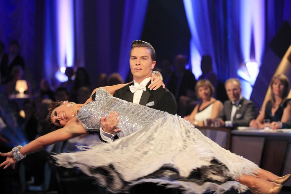 TALENTFULL: Atle Pettersen og dansepartner Marianne Sandaker vant 2011-utgaven av dansekonkurransen «Skal vi danse». Foto: NTB scanpix