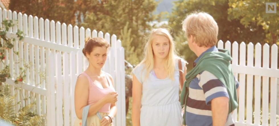 SPRINGBRETT: Før hun ble kjent gjennom NRK-serien «Skam» dukket Josefine Pettersen (midten) opp i «Neste sommer». Foto: TVNORGE