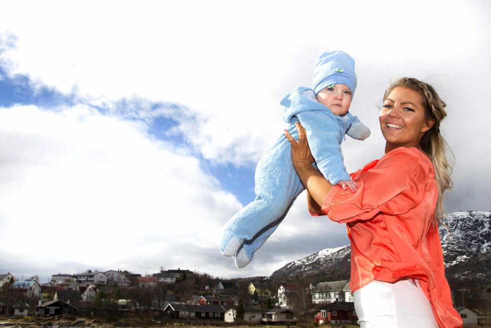 MAMMA-TRENING: Etter at Linda Eline Eilertsen fikk lille Sander bestemte hun seg for å endre livsstilen og starte treningen. Foto: Svend Aage Madsen, Se og Hør