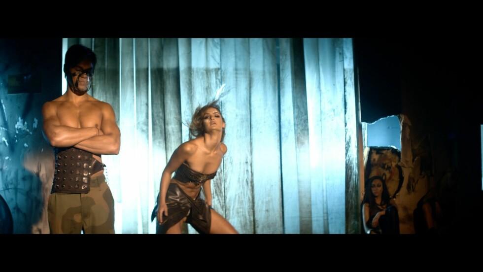 HET VIDEO: Adelén viser seg fra sin mest sexy side i sin nye musikkvideo. Foto: Fra videoen/Gjengitt med tilatelse