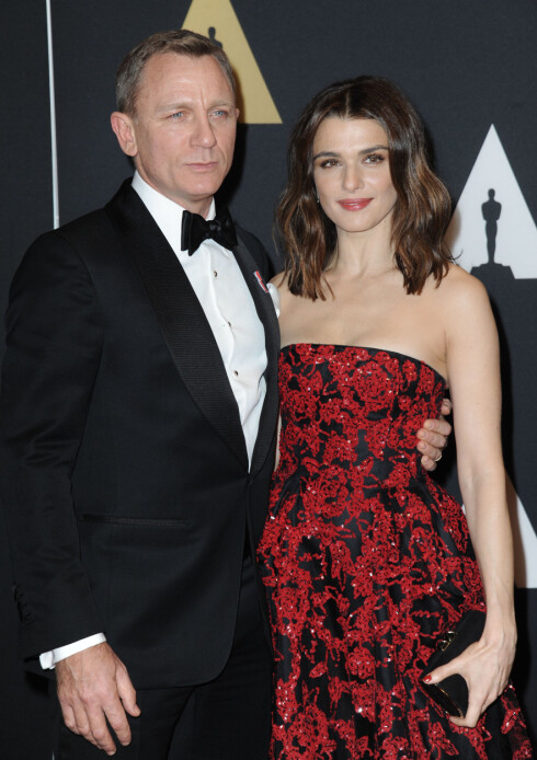 <strong>KONA:</strong> Den britiske skuespilleren er gift med skuespiller Rachel Weisz (46).  Foto: Splash News