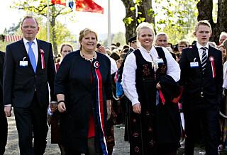 Erna Solberg feirer 17. mai med russe-frokost