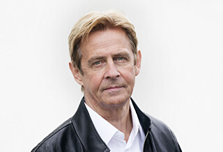 Anders Magnus ble angrepet med stein i Sverige