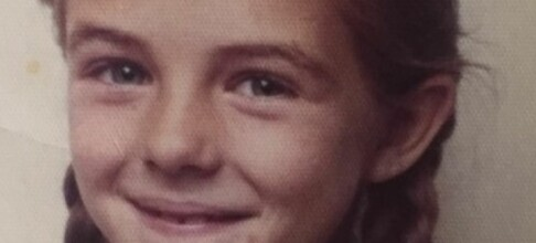 Se så søt Liz Hurley var som barn!