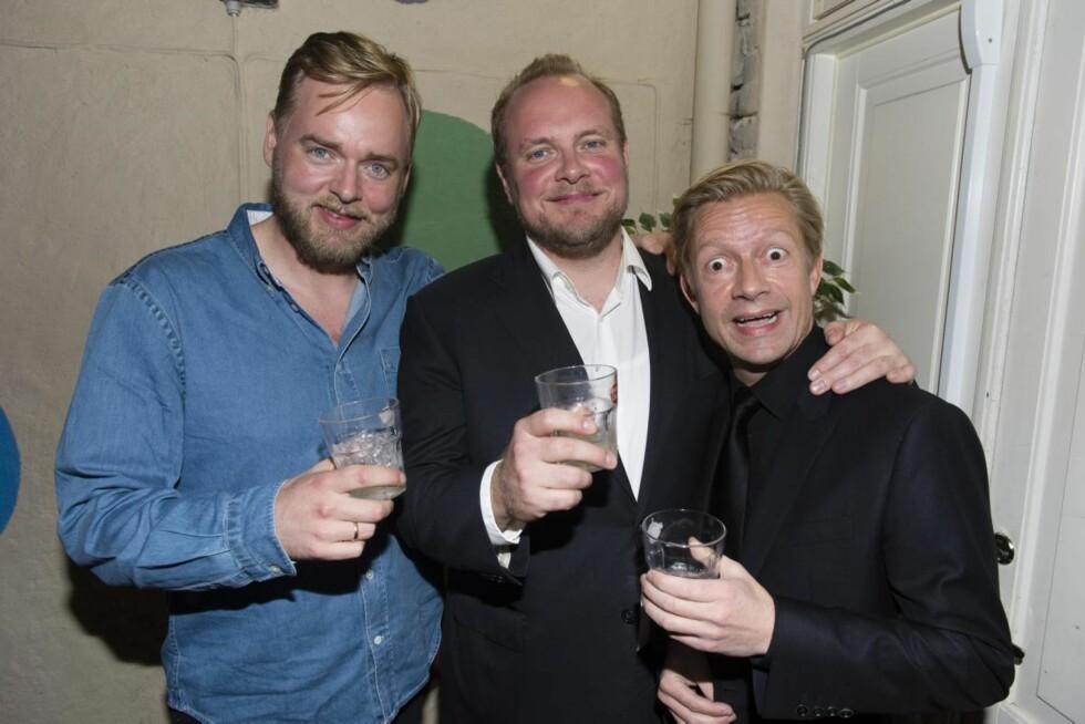 POPUÆR TRIO: Brødrene Tore og Steinar Sagen, samt Bjarte Tjøstheim har ledet det populære radioprogrammet «Radioresepsjonen» siden 2006.