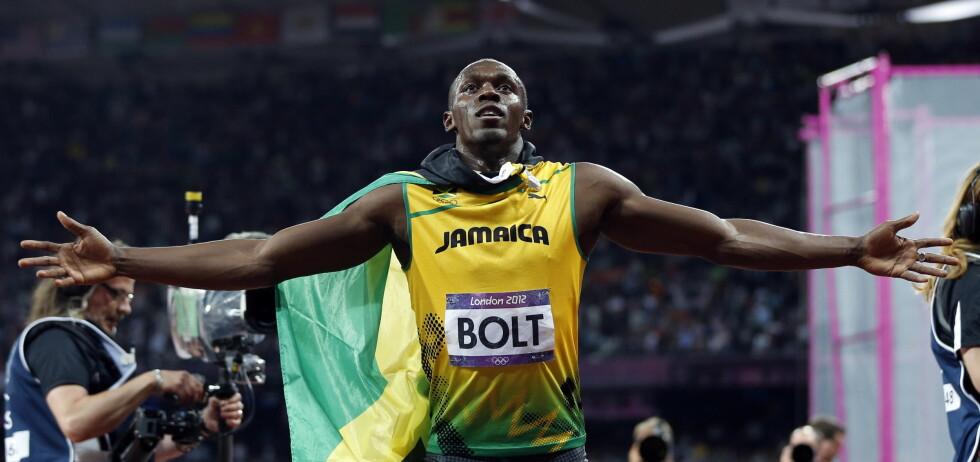 IDRETTSSTJERNE: Usain Bolt fra Jamaica er per i dag verdens raskeste mann. Bolt, her etter seieren på 100 meter under OL i London i 2012, er bare en av superstjernene TV 2s Siri Avlesen-Østli kommer til å møte.  Foto: TT SPORT
