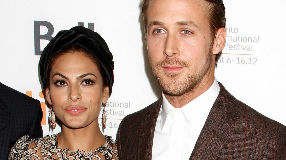 GOD STØTTE: Eva Mendes og Ryan Gosling har vært kjærester siden 2011, og datteren Esmeralda sammen. De skal nå vente barn nummer to.  Foto: All Over Press