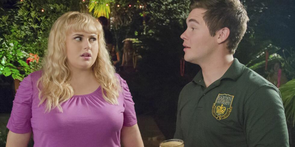 <strong>MOTSPILLERE:</strong> Rebel Wilson og Adam DeVine i rollene som Fat Amy og Bumper i en scene fra komedien «Pitch Perfect 2». Foto: United International Pictures/ Filmweb.no