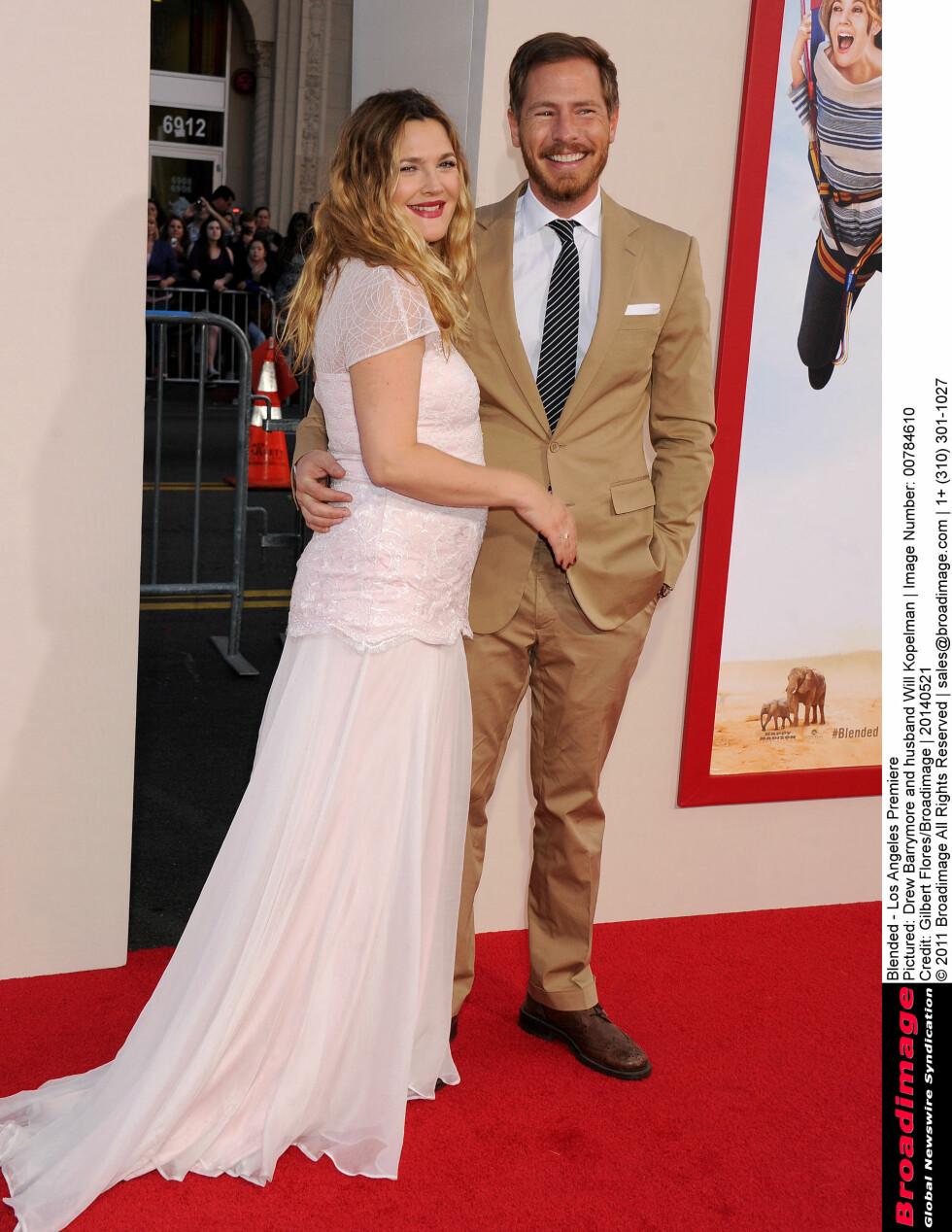<strong>LYKKEN BRAST:</strong> Drew Barrymore skal skilles fra ektemannen Will Kopelman, som hun har to barn med. Paret giftet seg i 2012.  Foto: Broadimage