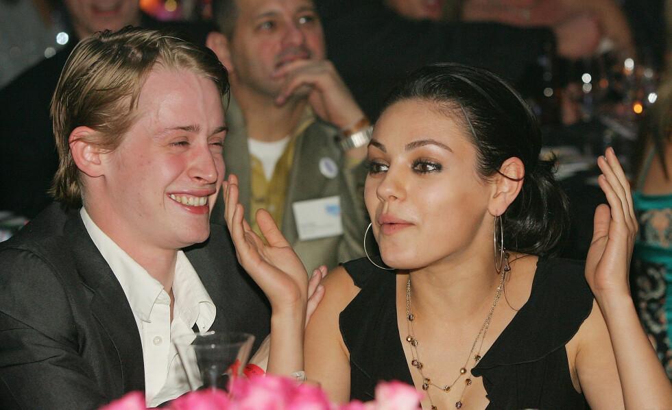 <strong>EKSEN:</strong> Fra 2002 til 2011 var en korthåret Macaulay Culkin sammen med skuespiller Mila Kunis. Her er de to sammen på en veldedighetsauksjon i Las Vegas i 2005.  Foto: AFP