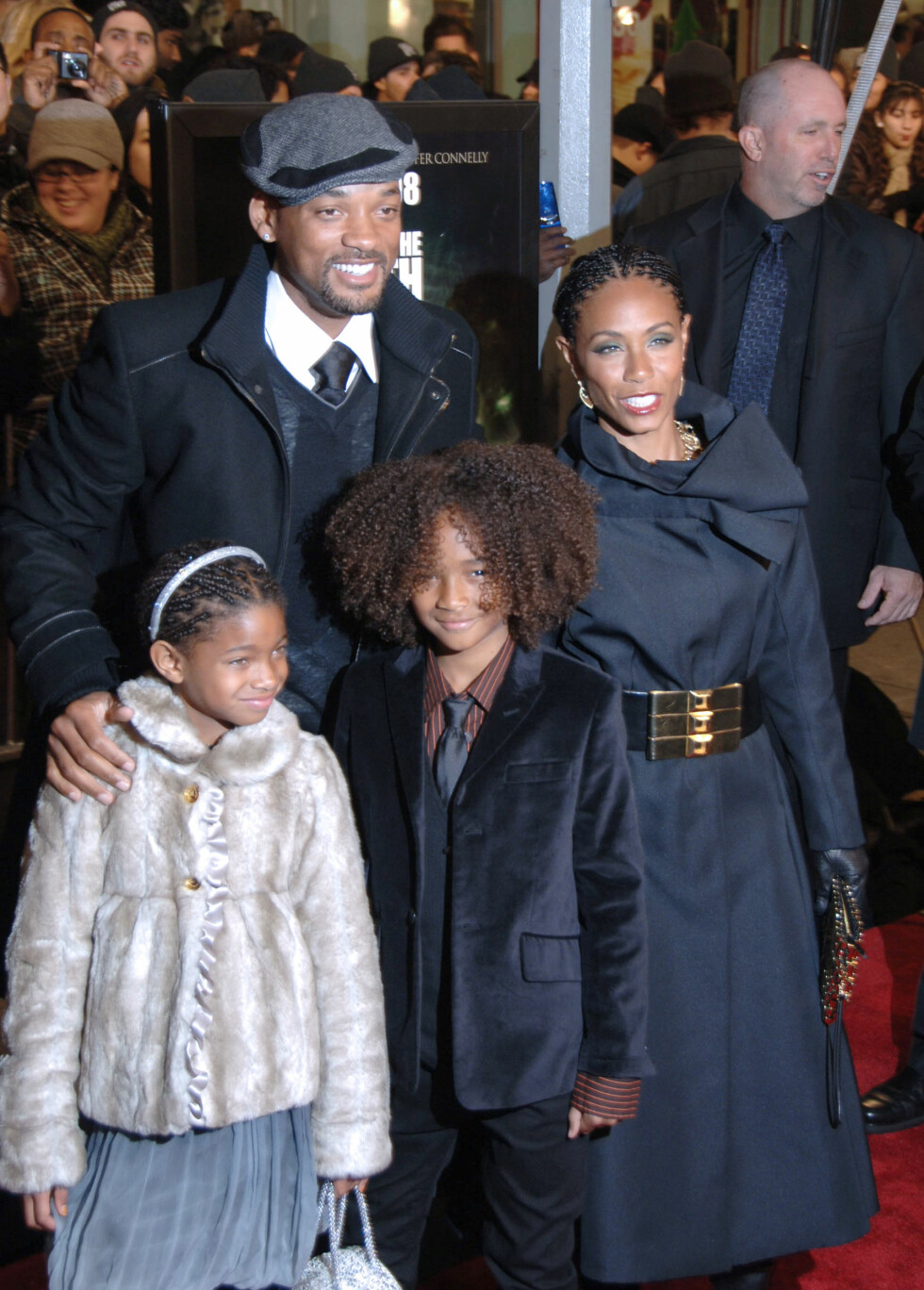 <strong>BERØMT FAMILIE:</strong> Will Smith, Jada Pinkett Smith, Willow Smith og Jaden Smith. Foto: Splash News