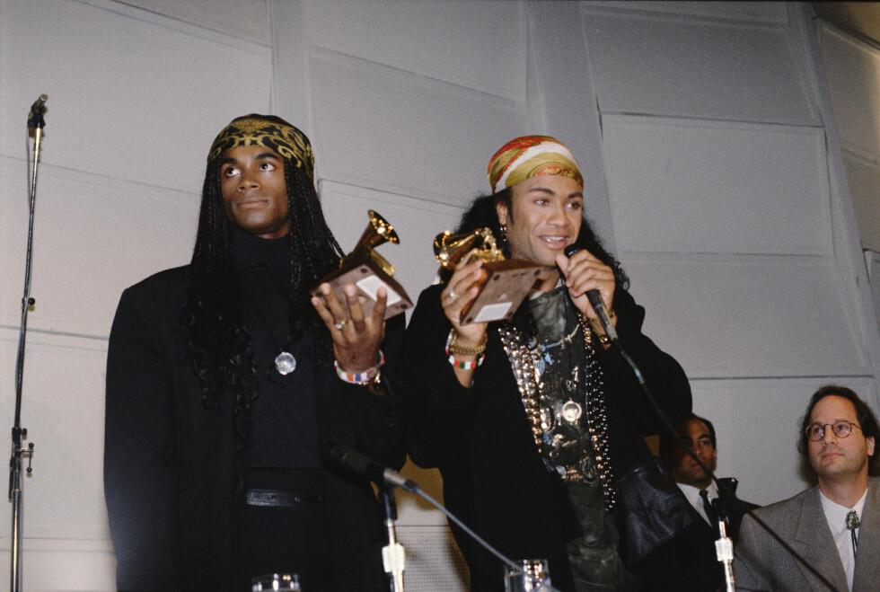 <strong>MÅTTE LEVERE TILBAKE PRISEN:</strong> I 1990 fant en av de største Grammy-skandalene sted, da popduoen Milli Vanilli vant prisen for «beste nye artist». Senere innrømmet «vokalistene» Robert Pilatus og Fabrice Morvan at de ikke sang i det hele tatt, men mimet etter innspillinger fra andre musikere. De måtte da returnere prisen!  Foto: © Bill Nation/Sygma/Corbis