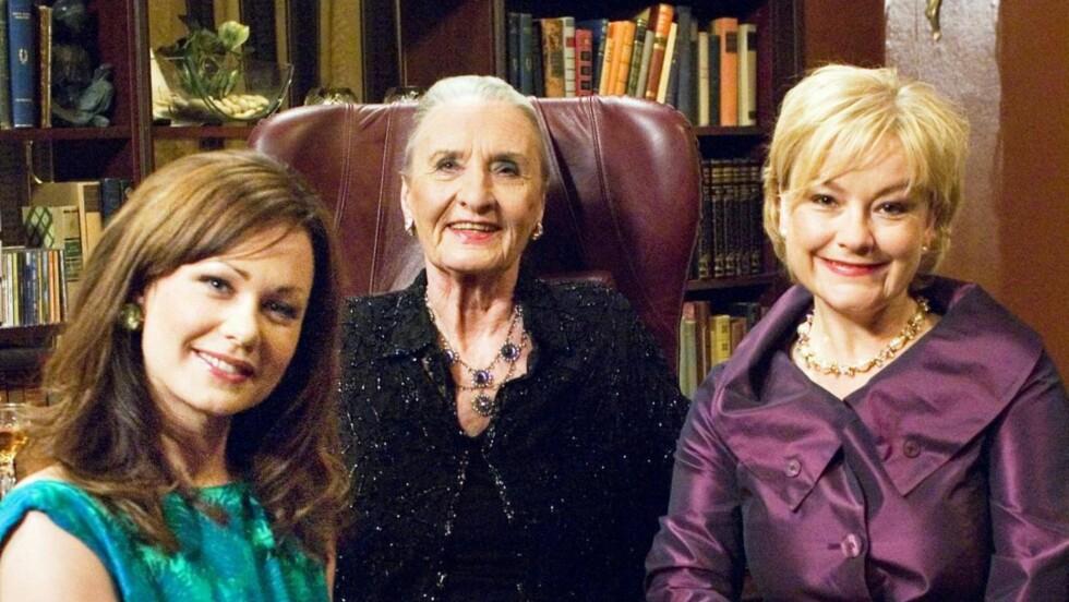 KJENT ROLLE: Sossen Krogh spilte i flere år rollen som Astrid Anker-Hansen i Hotel Cæsar. Her er hun sammen med kollegene Elin Sogn og Anette Hoff