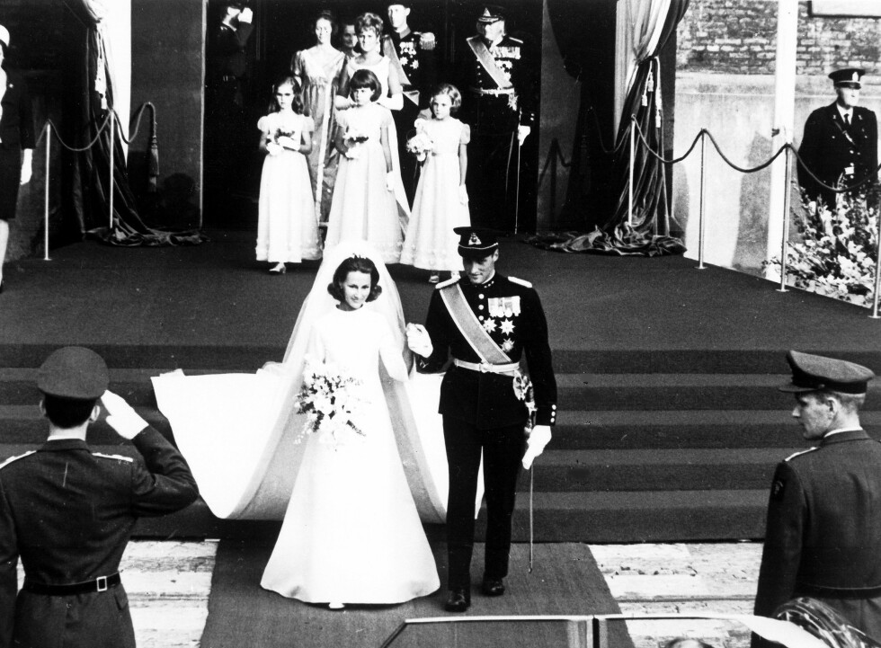 GIFTER SEG: Den 30.august i 1968 lovte de hverandre evig troskap. Foto: Ap