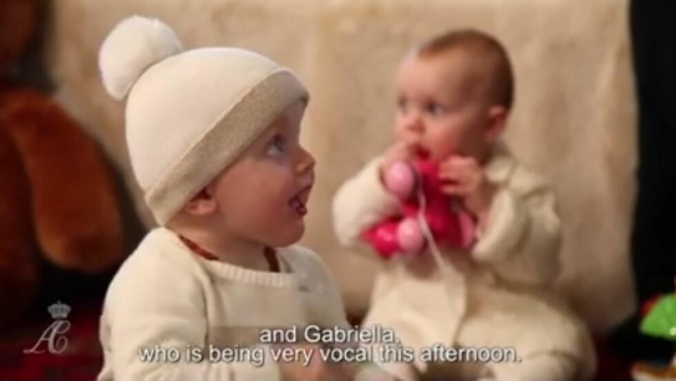 SJARMTROLL: Kronprins Jaques og prinsesse Gabriella er to aktive barn. Se video nedenfor. Foto: Grab fra videoen
