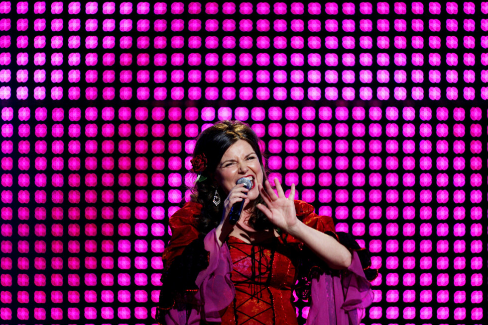 PROFILERT ARTIST: Jenny Jenssen sang seg helt til finalen i Melodi Grand Prix i 2007. Her er hun fotografert under generalprøven.  Foto: NTB scanpix