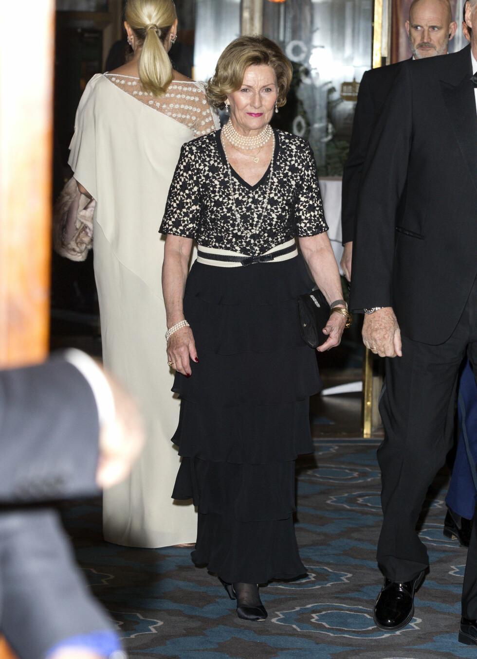 STOR KVELD: Dronning Sonja var i strålende form under Nobel-banketten. Foto: Andreas Fadum, Se og Hør