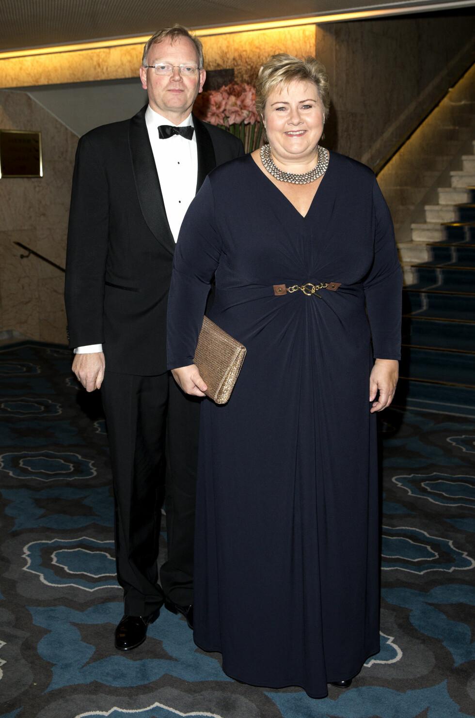 PÅ NOBELFEST: Statsminister Erna Solberg og hennes ektemann Sindre Finnes. Foto: Se og Hør, Andreas Fadum