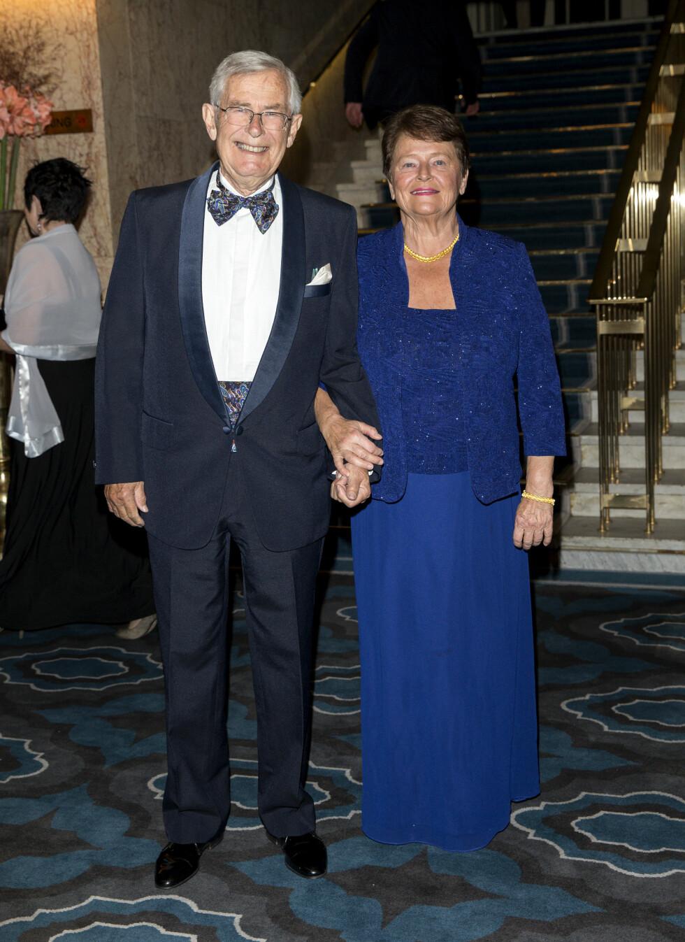 PÅ NOBELFEST: Tidligere statsminister Gro Harlem Brundtland og hennes ektemann Arne Olav. Foto: Andreas Fadum, Se og Hør