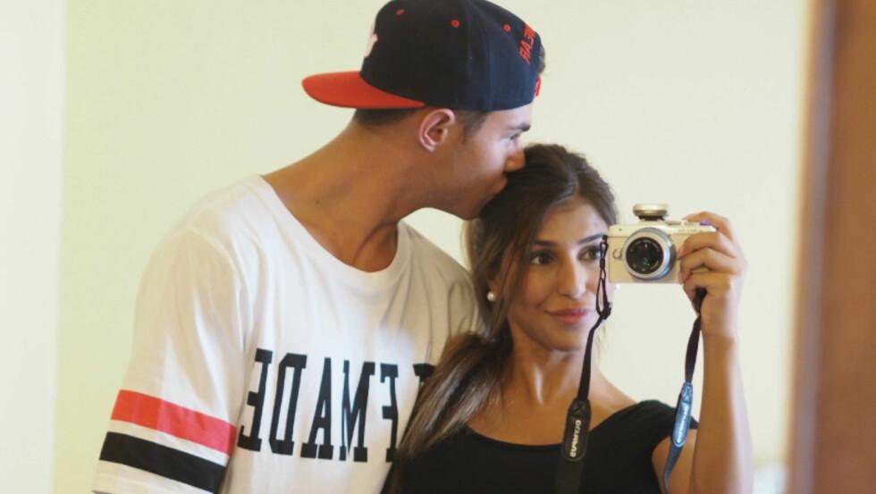 FORELSKET: Pierre og Isabel er forelsket, skriver han nå på sin blogg. Foto: Privat