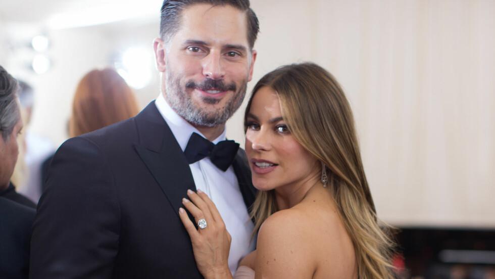 MANN OG KONE: Søndag 22. november giftet Joe Manganiello seg med den colombianske skuespillerinnen Sofia Vergara i Florida. Dermed har Hollywood fått nok et stjerne-ektepar. Dette bildet er fra en annen anledning. Foto: NTB Scanpix