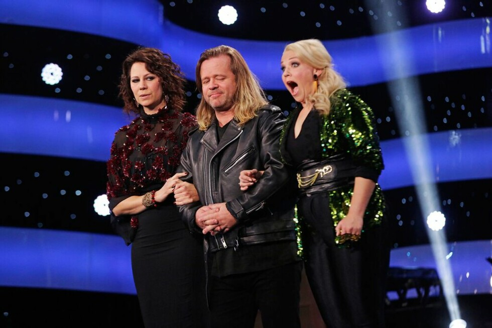 SJOKKERT: Det var en tydelig sjokkert Maria som fikk beskjed om at hun var videre til finalen.  Foto: NRK