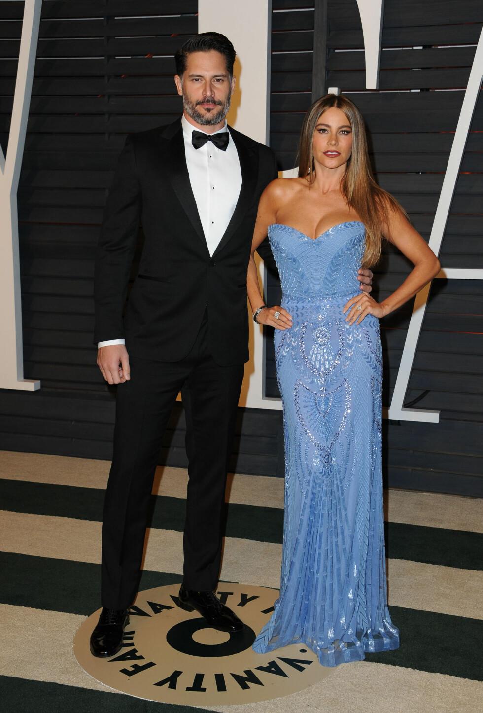 FAVORITT: Da paret deltok på Vanity Fair sitt Oscar-arrangement, hadde Sofia også på seg en kjole fra Zuhair Murad. Foto: SipaUSA