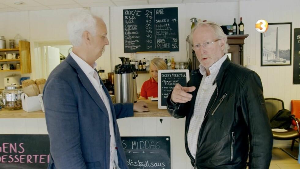 VIL ENDRE PÅ MENYEN: Eyvind Hellstrøm gir daglig leder Kent Solheim beskjed om at han mener det må flere endringer til, hvis han vil berge økonomien til restauranten. Foto: TV3