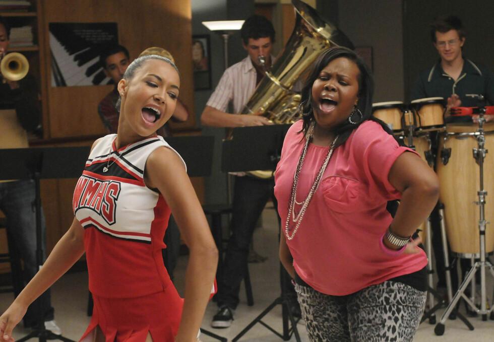 """TV-STJERNE: Det er slik mange er vant til å se Naya, som cheerleaderen Santana Lopez i """"Glee"""".  Foto: Stella Pictures"""