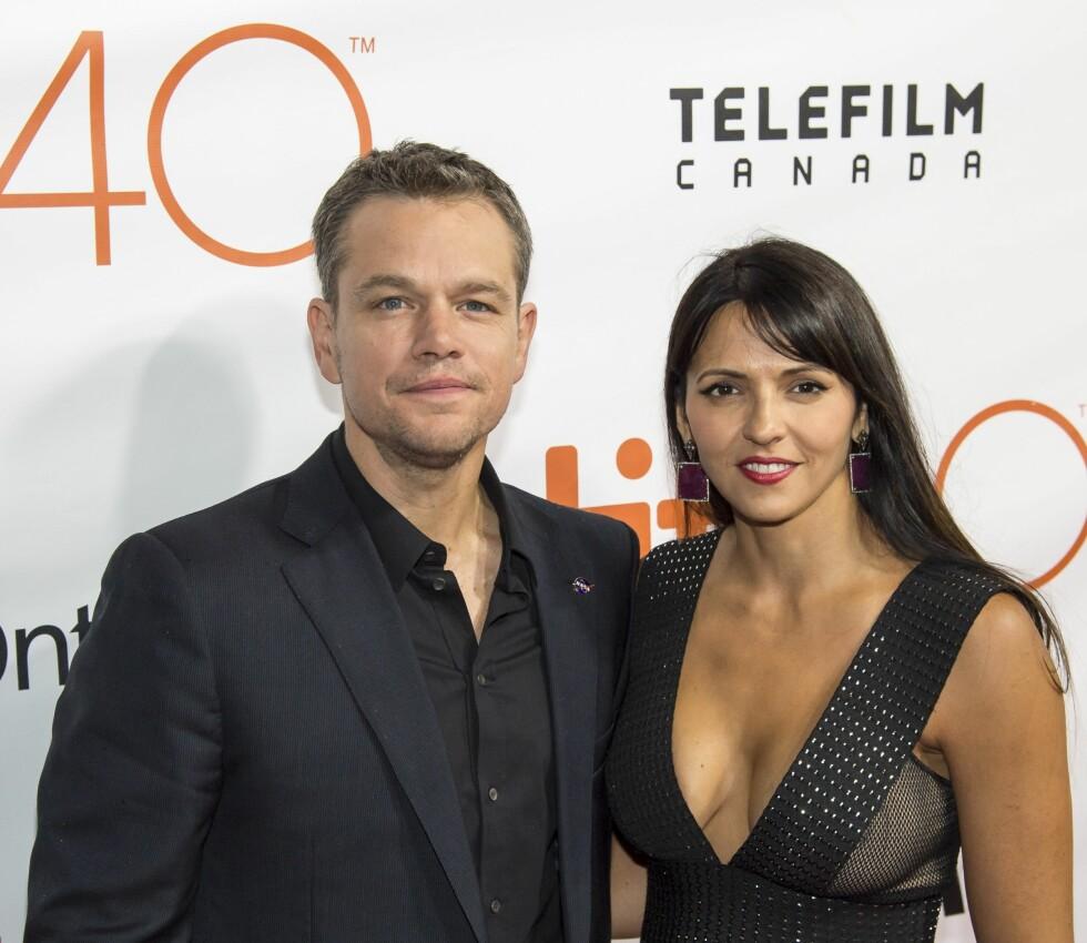 FAMILIEMANN: I ti år har Matt Damon vært gift med kona Luciana og sammen har de fire døtre i alderen 16, 9, 7 og 4. Foto: NTB Scanpix